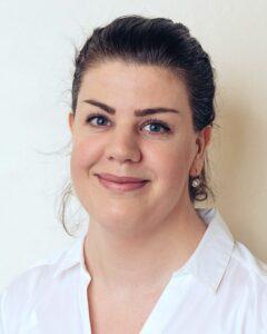 Akupunktör och massageterapeut Linnea Almerlöv.
